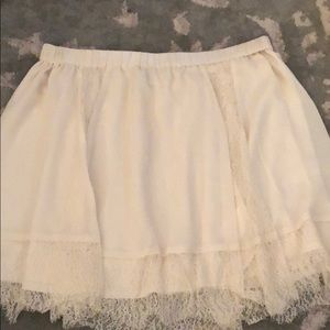 Off White Lace & Polyester Skirt